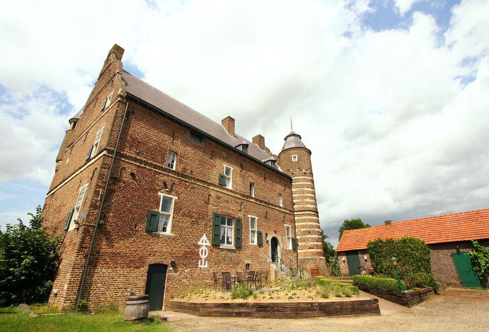 Beaujean Vacances u2014 vakantiehuis Limbricht - Zuid-Limburg voor 14 ...